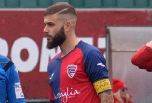 """Marco Lo Pinto: """"Onorato e orgoglioso di poter indossare ancora la fascia al braccio. Non vedo l'ora di raggiungere le 100 presenze con il Pomezia"""""""